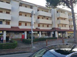 Vendesi appartamento a Baia Domizia Centro - 72956338